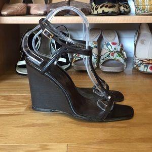Gucci Dark Brown Wedge T strap Sandals size 7